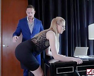 Lain Oi - Fucking The Director