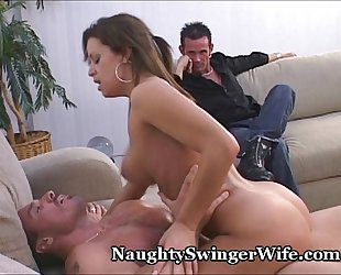 Hot Wife Knows How To Fuck