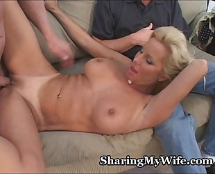 Hot-Bodied Mature'_s Tasty Pussy