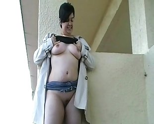 Bbw Amateurs Public Pissing