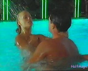 Elizabeth Berkley - Pool Sex