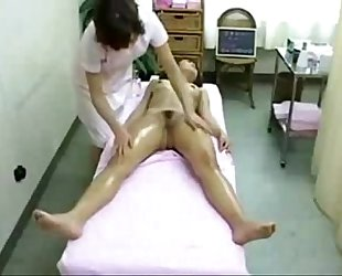 Asian Babe in Spa Got Massaged and Fingered