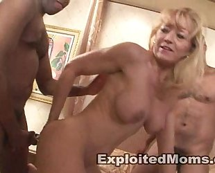 Ami Charms in a hotel with 3 men