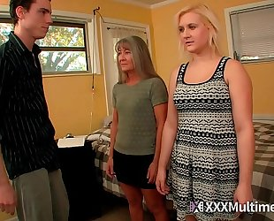 Female training step mommy leilani lei and sister fifi foxx